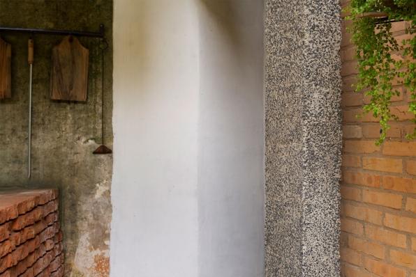 http://federicocairoli.com/files/gimgs/th-128_11_Quincho---©-Federico-Cairoli-(low).jpg