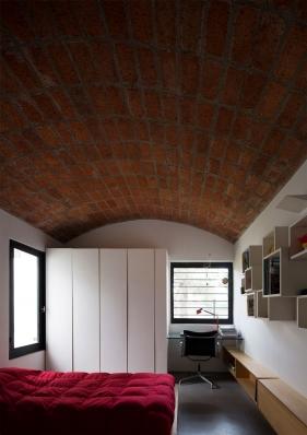 http://federicocairoli.com/files/gimgs/th-130_36_Casa-HQ---©-Federico-Cairoli-(low).jpg