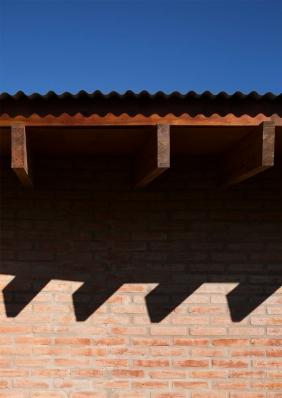 http://federicocairoli.com/files/gimgs/th-133_07_Casa-B+R---©-Federico-Cairoli-(low).jpg