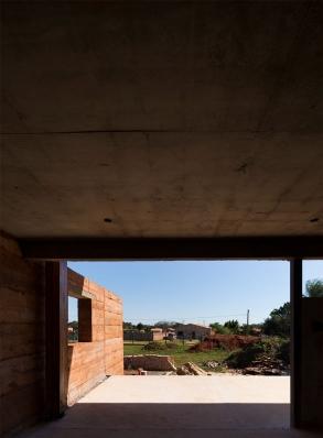 http://federicocairoli.com/files/gimgs/th-137_15_Muro-Tierra---©-Federico-Cairoli-(low).jpg