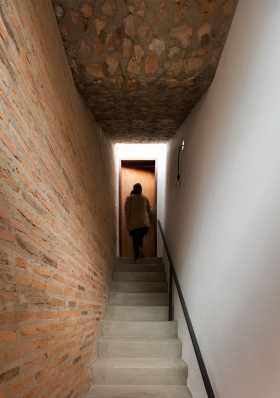 http://federicocairoli.com/files/gimgs/th-139_36_Casa-Ana---©-Federico-Cairoli-(low).jpg