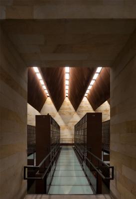 http://federicocairoli.com/files/gimgs/th-142_09_Templo-de-las-Cenizas-y-Crematorio---©-Federico-Cairoli-(low).jpg