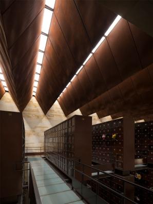 http://federicocairoli.com/files/gimgs/th-142_10_Templo-de-las-Cenizas-y-Crematorio---©-Federico-Cairoli-(low).jpg