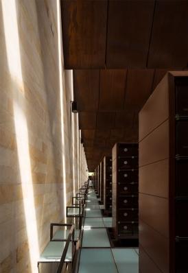 http://federicocairoli.com/files/gimgs/th-142_17_Templo-de-las-Cenizas-y-Crematorio---©-Federico-Cairoli-(low).jpg