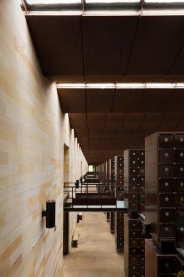 http://federicocairoli.com/files/gimgs/th-142_20_Templo-de-las-Cenizas-y-Crematorio---©-Federico-Cairoli-(low).jpg