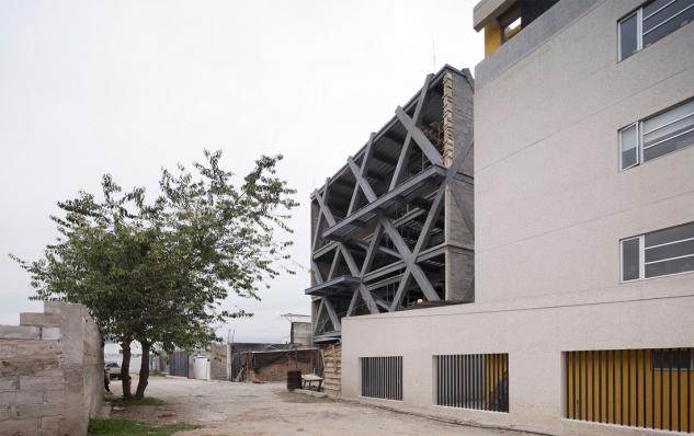 http://federicocairoli.com/files/gimgs/th-145_01_Edificio-Melies---©-Federico-Cairoli-(low).jpg