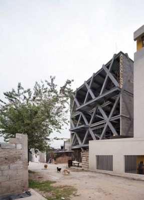 http://federicocairoli.com/files/gimgs/th-145_02_Edificio-Melies---©-Federico-Cairoli-(low).jpg