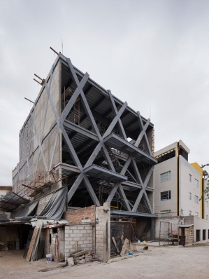 http://federicocairoli.com/files/gimgs/th-145_05_Edificio-Melies---©-Federico-Cairoli-(low).jpg