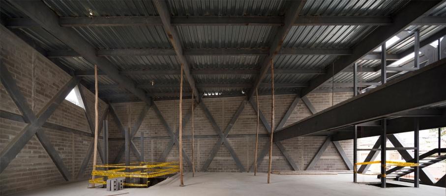 http://federicocairoli.com/files/gimgs/th-145_18_Edificio-Melies---©-Federico-Cairoli-(low).jpg