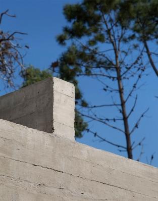 http://federicocairoli.com/files/gimgs/th-153_41_Casa-Marindia---©-Federico-Cairoli-(low).jpg