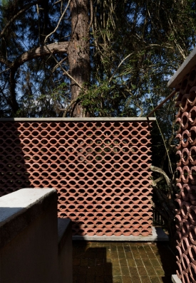 http://federicocairoli.com/files/gimgs/th-155_06_Sauna-Sao-Roque---©-Federico-Cairoli-(low).jpg