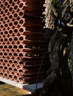 http://federicocairoli.com/files/gimgs/th-155_12_Sauna-Sao-Roque---©-Federico-Cairoli-(low).jpg