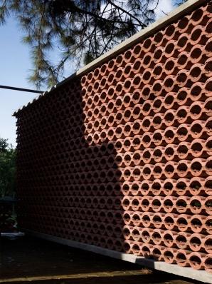 http://federicocairoli.com/files/gimgs/th-155_16_Sauna-Sao-Roque---©-Federico-Cairoli-(low).jpg