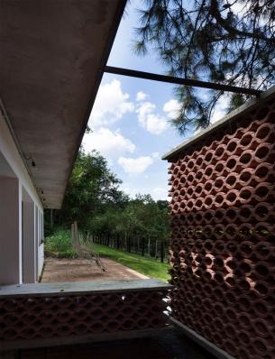 http://federicocairoli.com/files/gimgs/th-155_20_Sauna-Sao-Roque---©-Federico-Cairoli-(low).jpg