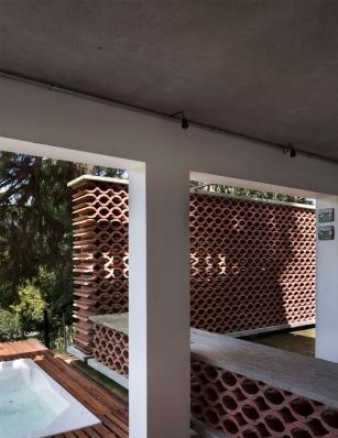 http://federicocairoli.com/files/gimgs/th-155_23_Sauna-Sao-Roque---©-Federico-Cairoli-(low).jpg