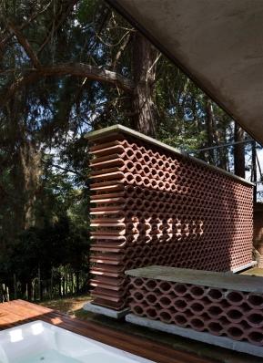 http://federicocairoli.com/files/gimgs/th-155_24_Sauna-Sao-Roque---©-Federico-Cairoli-(low).jpg