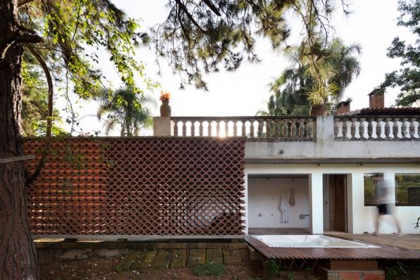 http://federicocairoli.com/files/gimgs/th-155_27_Sauna-Sao-Roque---©-Federico-Cairoli-(low).jpg
