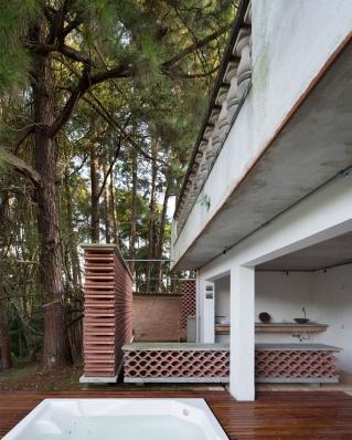 http://federicocairoli.com/files/gimgs/th-155_38_Sauna-Sao-Roque---©-Federico-Cairoli-(low).jpg