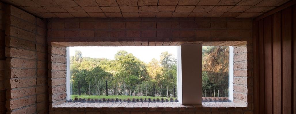 http://federicocairoli.com/files/gimgs/th-155_36_Sauna-Sao-Roque---©-Federico-Cairoli-(low).jpg