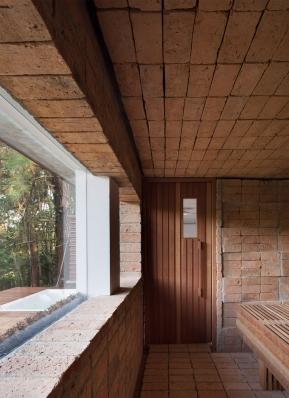 http://federicocairoli.com/files/gimgs/th-155_37_Sauna-Sao-Roque---©-Federico-Cairoli-(low).jpg
