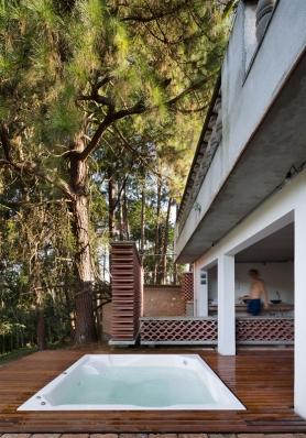 http://federicocairoli.com/files/gimgs/th-155_41_Sauna-Sao-Roque---©-Federico-Cairoli-(low).jpg