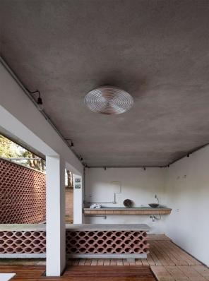 http://federicocairoli.com/files/gimgs/th-155_42_Sauna-Sao-Roque---©-Federico-Cairoli-(low).jpg
