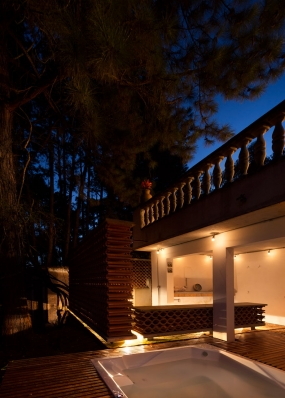 http://federicocairoli.com/files/gimgs/th-155_51_Sauna-Sao-Roque---©-Federico-Cairoli-(low).jpg