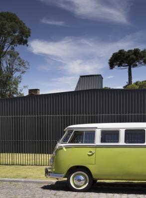http://federicocairoli.com/files/gimgs/th-214_51_Casa de Lata - © Federico Cairoli (low).jpg