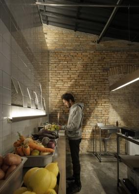 http://federicocairoli.com/files/gimgs/th-343_13_Miolo Bar - © Federico Cairoli (low).jpg