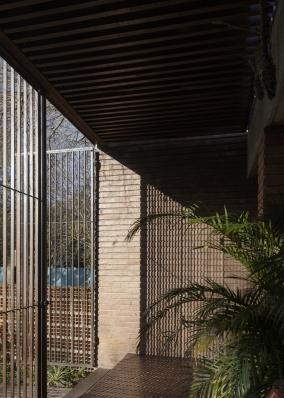http://federicocairoli.com/files/gimgs/th-371_12_Casa VG_revisita - © Federico Cairoli (low).jpg