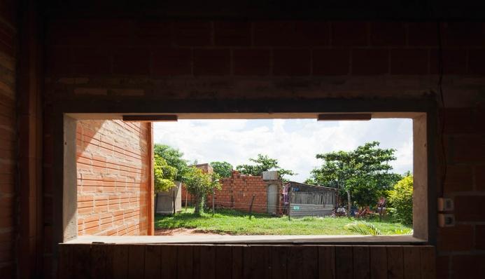 http://federicocairoli.com/files/gimgs/th-71_08_Centro de Desarrollo Comuniatio - Ph_Federico Cairoli.jpg