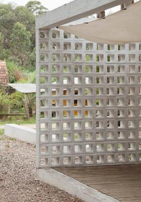 http://federicocairoli.com/files/gimgs/th-75_07_Casa de Bloques - © Federico Cairoli (low).jpg