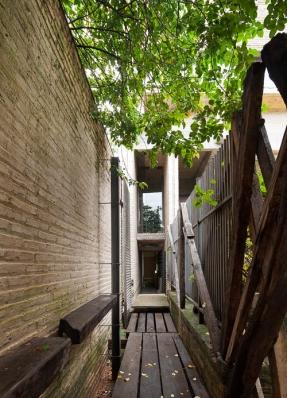 http://federicocairoli.com/files/gimgs/th-76_03_Gabinete de Arquitectura - Ph_Federico Cairoli (low)_v2.jpg