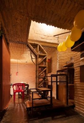http://federicocairoli.com/files/gimgs/th-76_10_Gabinete de Arquitectura - Ph_Federico Cairoli (low)_v2.jpg