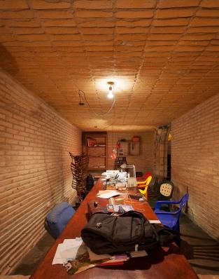 http://federicocairoli.com/files/gimgs/th-76_11_Gabinete de Arquitectura - Ph_Federico Cairoli (low)_v2.jpg