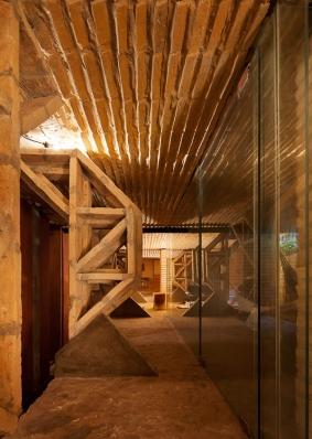 http://federicocairoli.com/files/gimgs/th-76_12_Gabinete de Arquitectura - Ph_Federico Cairoli (low)_v2.jpg