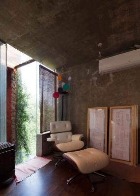 http://federicocairoli.com/files/gimgs/th-86_19_Casa en el Aire - © Federico Cairoli (low).jpg