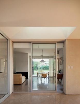 http://federicocairoli.com/files/gimgs/th-63_11_Casa en el Pinar - Ph_Federico Cairoli (low)-2.jpg