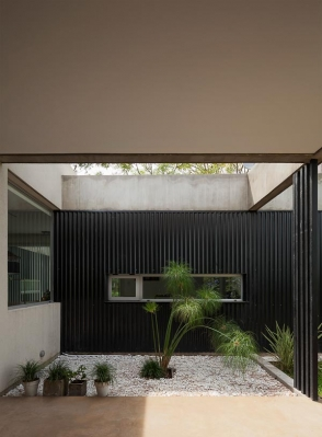 http://federicocairoli.com/files/gimgs/th-63_13_Casa en el Pinar - Ph_Federico Cairoli (low)-2.jpg