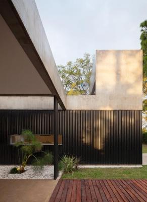 http://federicocairoli.com/files/gimgs/th-63_16_Casa en el Pinar - Ph_Federico Cairoli (low).jpg