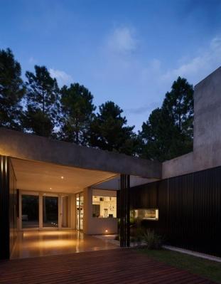 http://federicocairoli.com/files/gimgs/th-63_29_Casa en el Pinar - Ph_Federico Cairoli (low).jpg