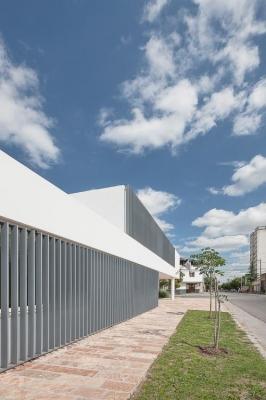 http://federicocairoli.com/files/gimgs/th-13_14_Colegio de  Médicos de Salta - Ph_Federico Cairoli (low).jpg
