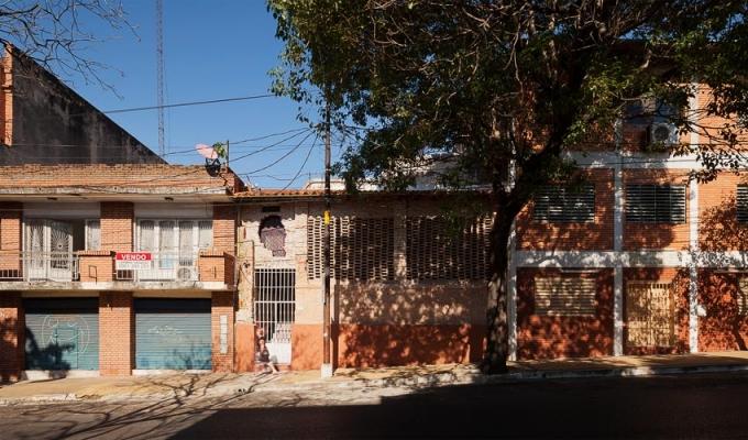 http://federicocairoli.com/files/gimgs/th-22_02_Casa Ilona - Ph_Federico Cairoli (low).jpg