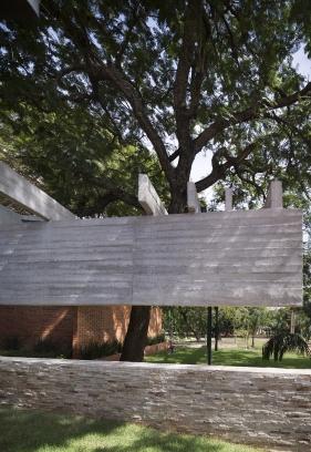 http://federicocairoli.com/files/gimgs/th-235_05_Vivienda Los Mangos - © Federico Cairoli (low).jpg