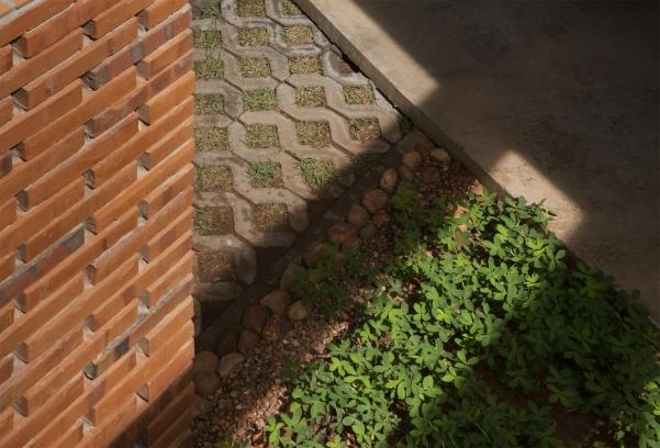 http://federicocairoli.com/files/gimgs/th-235_39_Vivienda Los Mangos - © Federico Cairoli (low).jpg