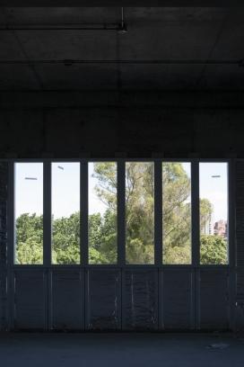 http://federicocairoli.com/files/gimgs/th-269_65_UTDT - © Federico Cairoli (low).jpg