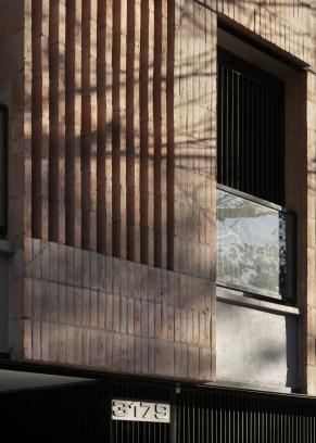 http://federicocairoli.com/files/gimgs/th-306_13_Edificio Olaguer - © Federico Cairoli (low).jpg
