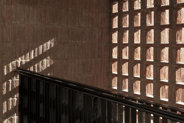 http://federicocairoli.com/files/gimgs/th-306_19_Edificio Olaguer - © Federico Cairoli (low).jpg
