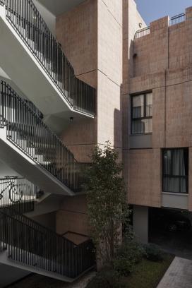 http://federicocairoli.com/files/gimgs/th-306_28_Edificio Olaguer - © Federico Cairoli (low).jpg