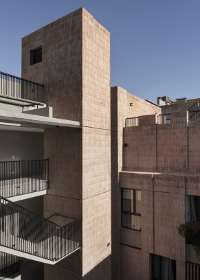 http://federicocairoli.com/files/gimgs/th-306_22_Edificio Olaguer - © Federico Cairoli (low).jpg